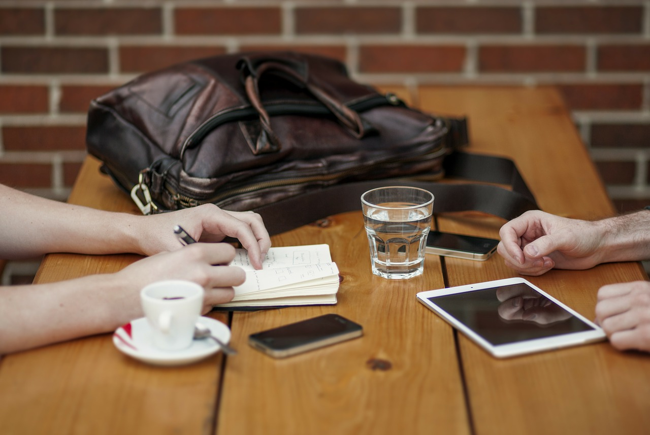 Meeting Facilities 101: The Importance of Face-to-Face Interaction