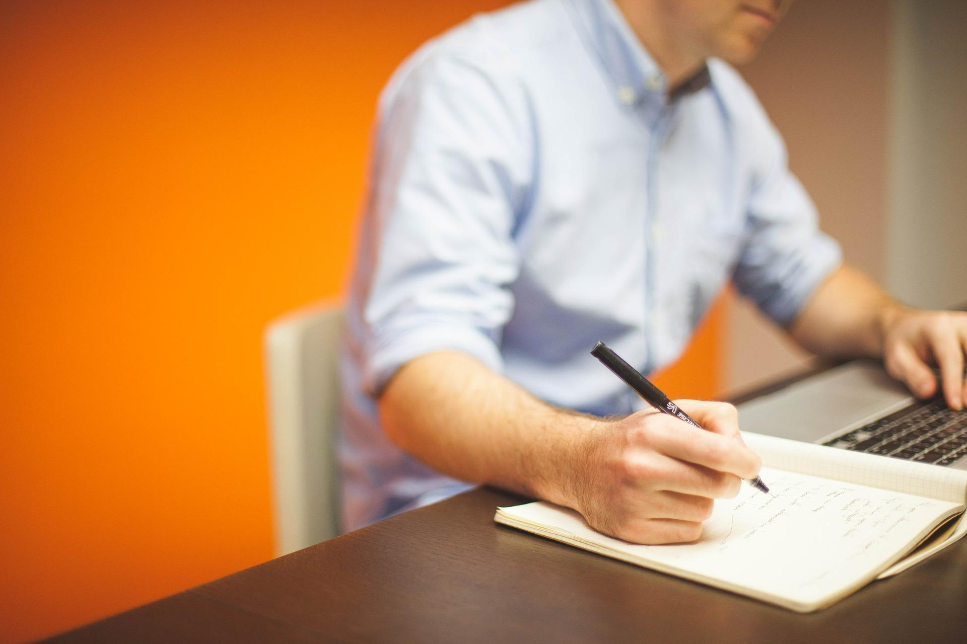 Espace de bureau flexible ou fixe: Quelle est la solution idéale pour vous?